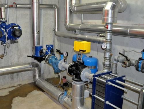 Impianto geotermico con pompa di calore